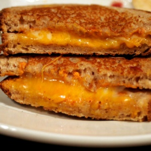 Dear BuzzFeed: There Isn't Just One Way To Make The Perfect Grilled Cheese