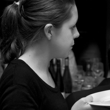 5 Annoying Questions Waiters And Waitresses Have To Deal With Every Day