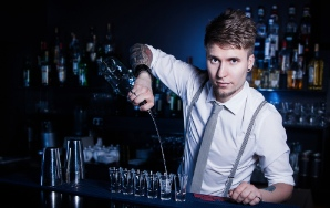 20 Bartenders Reveal What Your Drink Says About You