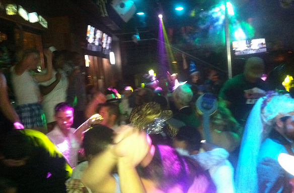 45 Things That Actually Happen On A Wild Spring BreakTrip