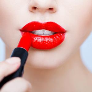 8 Ways To Look 100% Prettier In One Minute