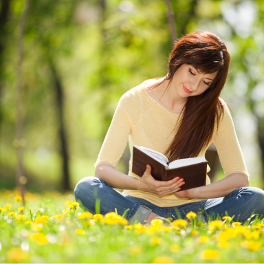 13 Things That Happen When You Date An English Major