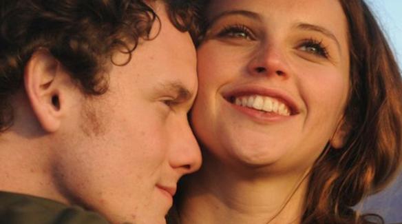 8 Ways To Show Your Boyfriend You LoveHim