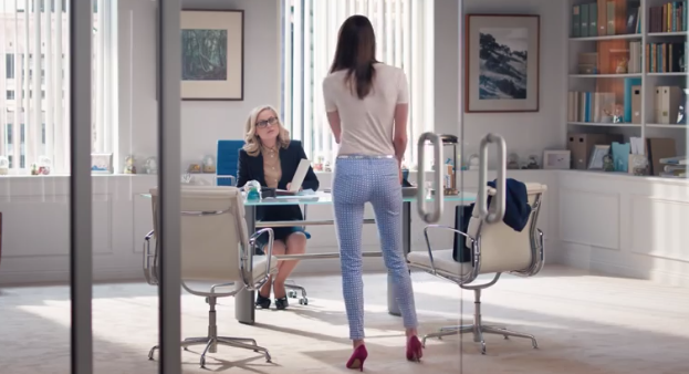 Amy Poehler Is Amazing — So Why Is Her Old Navy Ad So Terrible?
