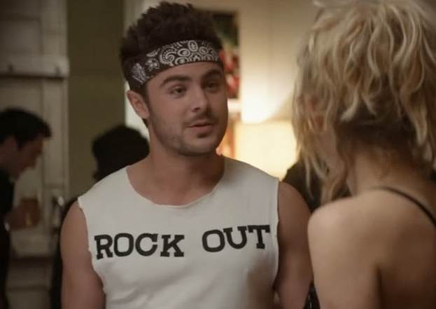 9 Awkward Moments At Parties That Turn Extroverts IntoIntroverts