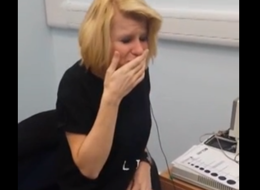 This Woman Can Hear For The First Time In 40 Years And Her Reaction IsIncredible