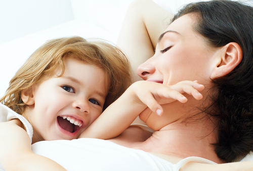 10 Beautiful Things Moms Do For Us