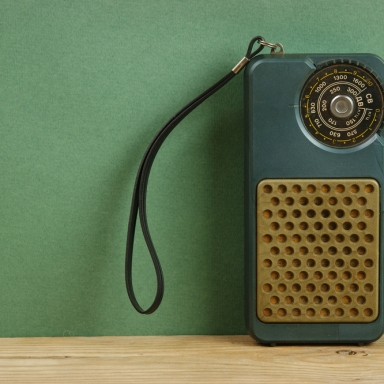 Why You Owe Your Smartphone To The Transistor Radio