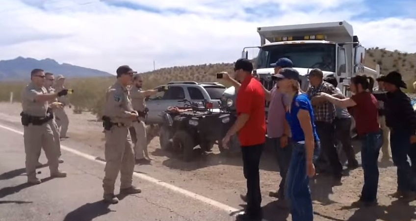 Militia Members Are Flocking To Nevada In The Thousands To Confront The U.S.Government