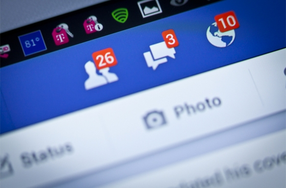 10 Things We Miss AboutFacebook