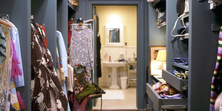17 Things Every Grown Woman Has In HerApartment