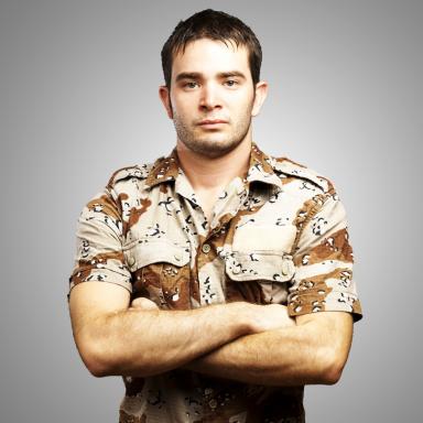5 Ways To Spot An Army Douchebag