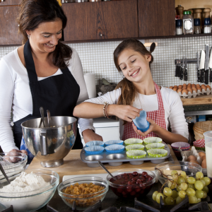 11 Things That Happen When You Grow Up With A Mom Who Bakes