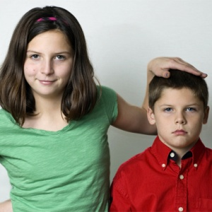 5 Things That Suck About Being The Youngest Sibling