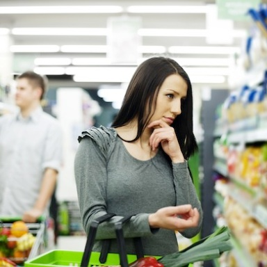5 Things Everyone Is Guilty Of Doing At The Grocery Store