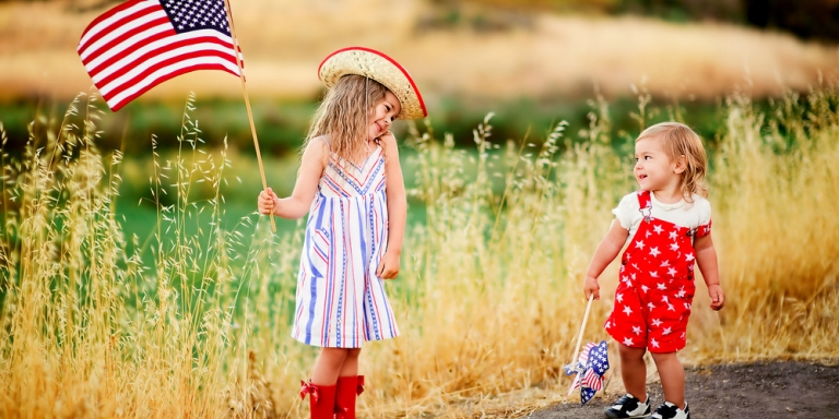 15 Big Ways You Love Your LittleSister