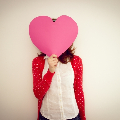 How An Idealistic 20-Something Looks At Love