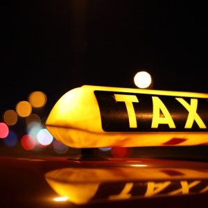 """How To Keep Your """"Cab Light On"""" When It Comes To Dating"""