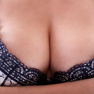 20 Reasons Why Having Huge Boobs Actually Really Sucks