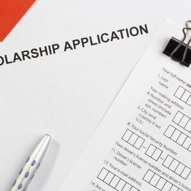 8 Reasons You Shouldn't Apply To College