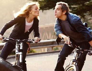 10 Things We Do For Love That Are Repulsive In Real Life