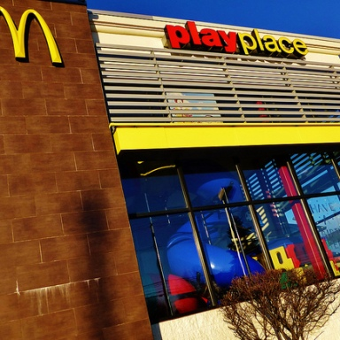 28 McDonalds Employees Tell All About The Disgusting Things They've Seen At The PlayPlace