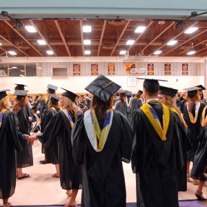 10 Sincere Pieces Of Advice For The Class Of 2014