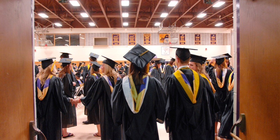 10 Sincere Pieces Of Advice For The Class Of2014