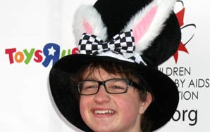 I'm Convinced That Angus T. Jones Is Anne Gus