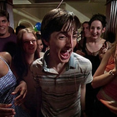 33 People Share The Most Ridiculous And Unbelievable Stories From High School And College Parties