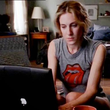 7 Things Creepy Writer Chicks Complain About