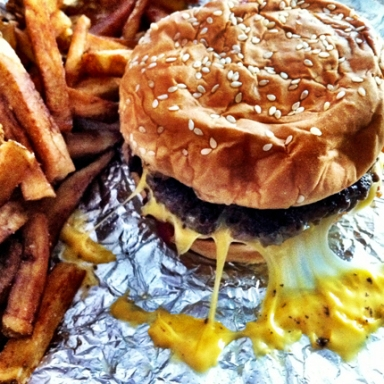 10 Struggles Every Fast Food Lover Has To Deal With