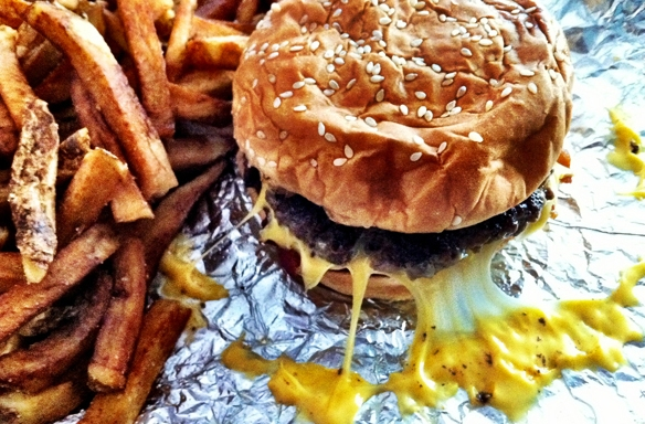 10 Struggles Every Fast Food Lover Has To DealWith