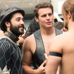 Why Going To A Gay Bar Feels Like Drowning In A Sea Of Beards And Steroids