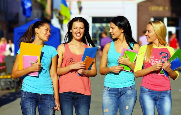 10 Types Of Girls You'll Meet InCollege
