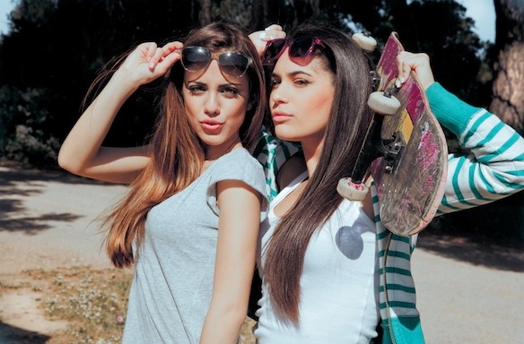 20 Signs Your Best Friend Womance Is On AnotherLevel
