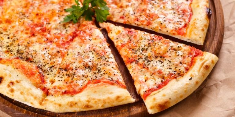 17 Ways Men Are Better ThanPizza