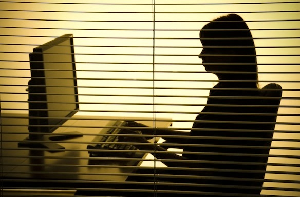 I Hacked Into My Boyfriend's E-Mail And Discovered He WasCheating
