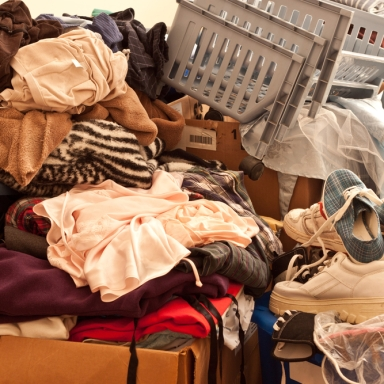 5 Ways Hoarders Think Differently Than Non-Hoarders