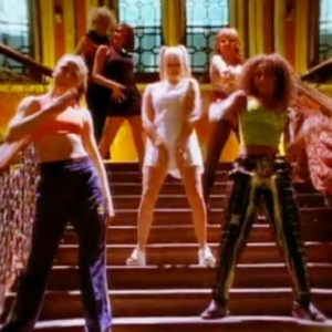 The Ultimate 90s Playlist Guaranteed To Put You In A Good Mood