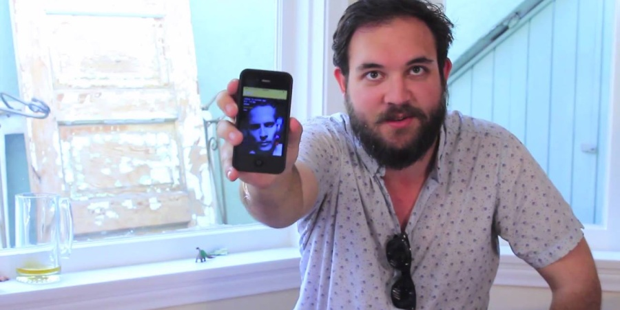 Watch These Straight Guys Use Grindr For The FirstTime
