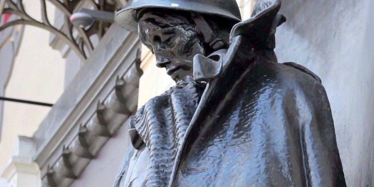 Writing Letters To The Past: London's War Memorial OfWords