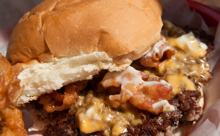 32 Cheeseburger Combinations That Will Save Your Life(Probably)