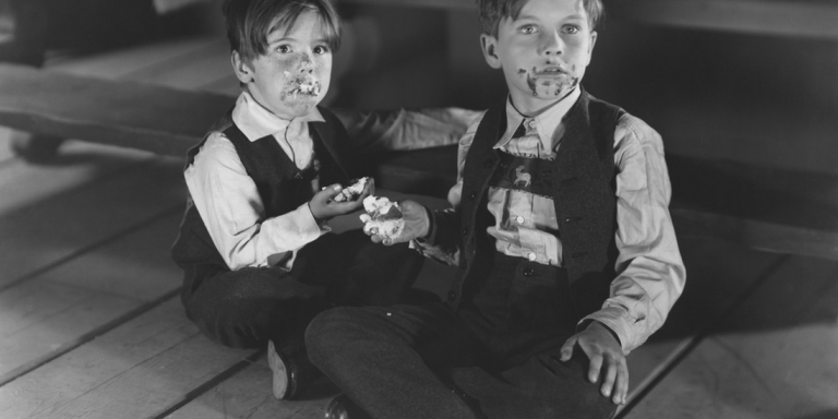 12 Struggles Every Youngest Sibling Knows Way TooWell