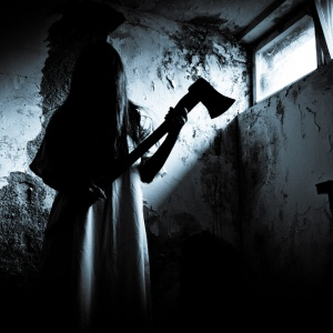 "25 Haunted House Workers Reveal Their ""Worst-Of"" Stories"