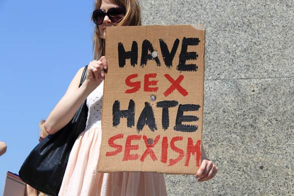 If You're Not Comfortable With Having Casual Sex, You're Not A RealWoman