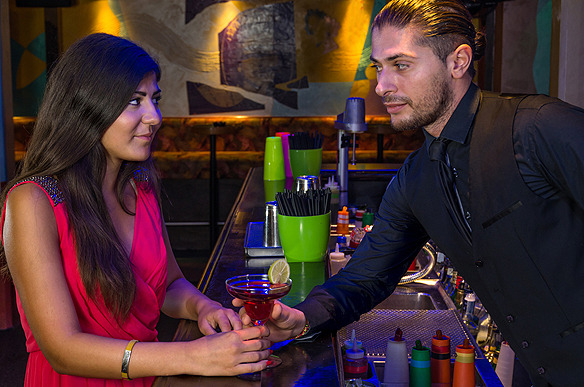 10 Reasons Not To Hit On The Bartender