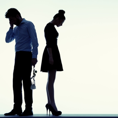 20 Red Flags To Watch Out For In Relationships