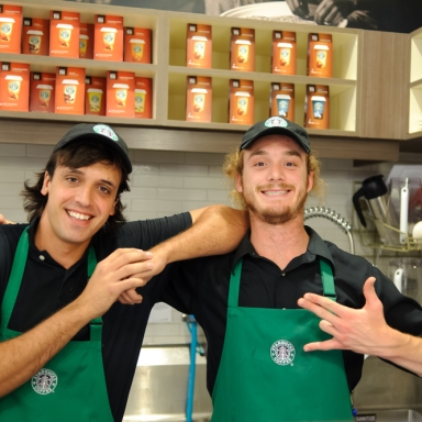 5 Starbucks Customers That I Seriously Don't Understand