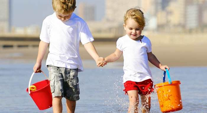 """4 Things To Do When You're The """"Good""""Sibling"""